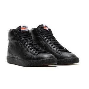 best service 310c9 c4c88 Nike Shoes - NIKE Blazer Mid Premium BlackGum